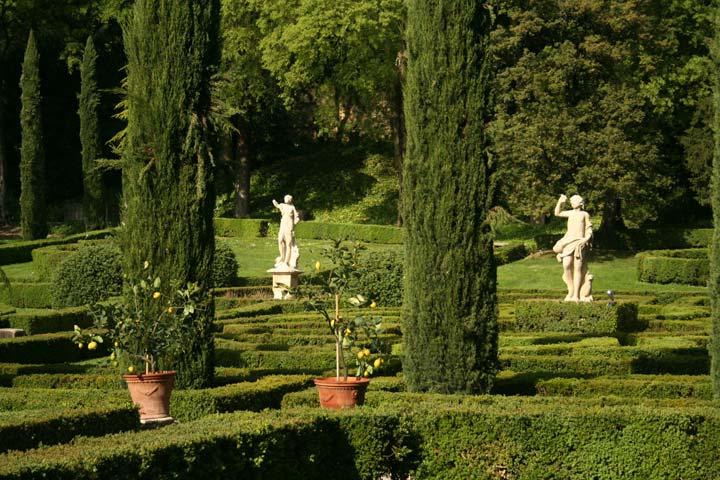 Un giardino all 39 italiana a guide in verona - Giardino all italiana ...